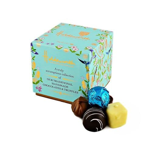 Holdworths A Truly Scrumptious Collection of Traditional Handmade Chocolates 100g