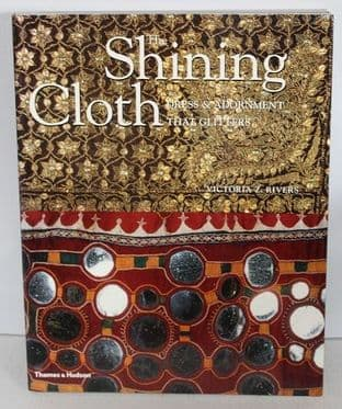 The Shining Cloth by Victoria Z. Rivers - 0500283745