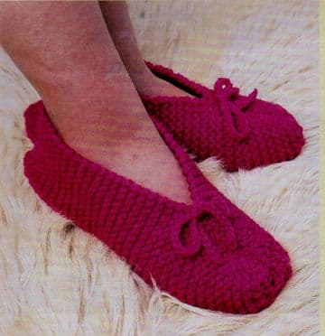 Digital Download PDF Vintage Knitting Pattern Ladies Women's Easy Slippers Chunky O/S