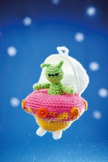 PDF Digital Download   Vintage Crochet Pattern  a Cute Little Alien Soft Toy approx 12cm Tall