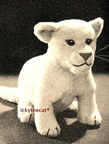 PDF Digital Download Vintage Sewing Pattern 10'' Lion Cub Soft Body Plush Toy Animal