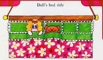 PDF Digital Vintage Instructional Sewing Pattern Doll's Bed Hanging Tidy for 5 Dolls