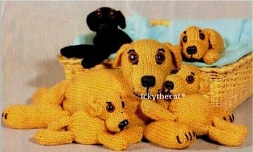 "Vintage Knitting Pattern to make Cute Mother Dog 13"" & puppies 6"""