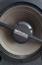 "Integral Close Miking for 12"" Speakers"