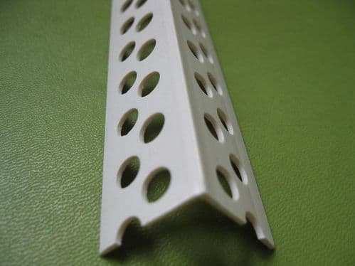 ANGLE PLASTIC MOULDED WHITE 25MM x 2.4M