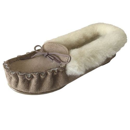 Moccasin Slippers-Fur Lined Size 4 Beige